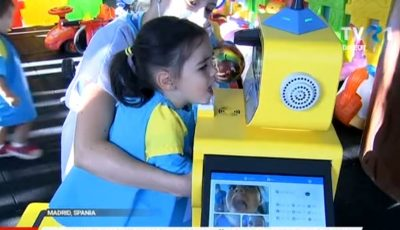 Video. Un roboțel face triajul copiilor într-o grădiniță din Spania