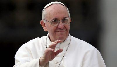 """Papa: ,,Plăcerea de a mânca şi plăcerea sexuală vin de la Dumnezeu"""""""