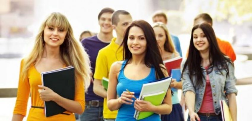 Răspunsul oficial al Ambasadei României în Moldova: Studenții basarabeni nu au nevoie de vize