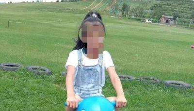 O elevă de 10 ani a murit după ce a fost bătută de profesor. Fata greșise două probleme la matematică