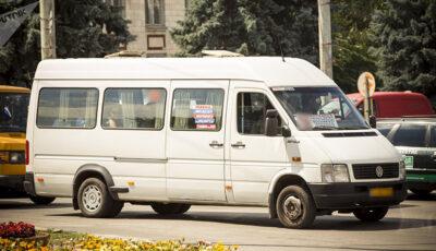 Două rute de microbuz din Capitală își schimbă traseul de circulație