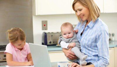 Familiile cu copii pot depune online cererile pentru acordarea indemnizaţiilor