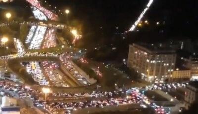 Capitala Paris, părăsită în masă după anunțarea restricțiilor. Francezii fug la țară
