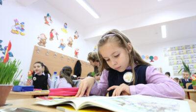 Când vor avea loc examenele pentru clasele a IV-a, a IX-a și a XII-a. Anunțul Ministerului Educației