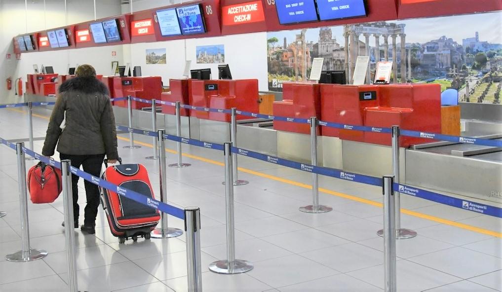 Foto: Autoritățile din Italia recomandă evitarea călătoriilor în străinătate, avertizându-i pe cetățeni că ar putea rămâne blocaţi în alte țări dacă vor deveni necesare restricţii de călătorie