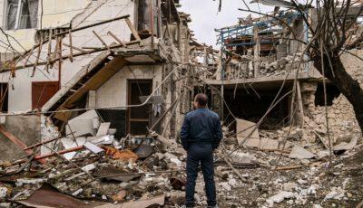 Bombardamente în Nagorno-Karabah. Oamenii își părăsesc casele
