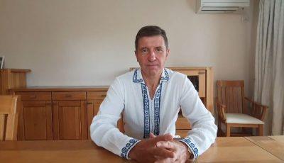Ambasadorul Marii Britanii recită Imnul Chișinăului