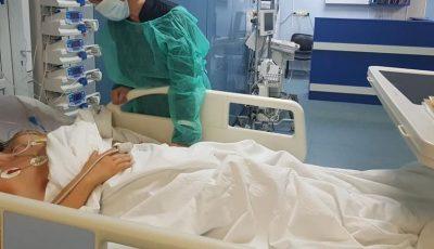Adolescent, în stare gravă: coronavirusul i-a afectat mai multe organe