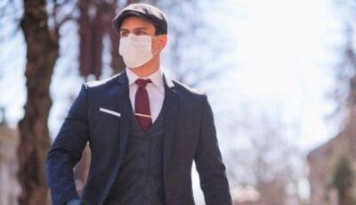 Tot mai mulți moldoveni poartă masca de protecție