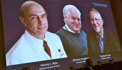 Cercetătorii care au descoperit virusul hepatitei C au primit premiul Nobel pentru medicină pe anul 2020