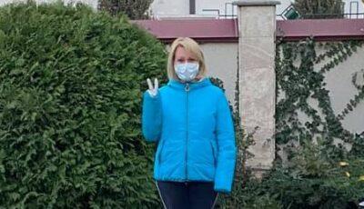 """Lorena Bogza: ,,Gata! L-am învins pe nenorocit!"""". Prezentatoarea TV s-a vindecat de Coronavirus"""