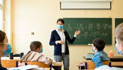 În doar 3 săptămâni după vacanța de toamnă, numărul elevilor infectaţi cu noul coronavirus s-a dublat
