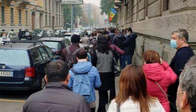 Cozi uriașe la secția de votare din Milano! Video