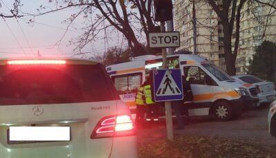 Accident în Capitală: Un elev de la o școală auto a lovit un copil pe trecerea de pietoni