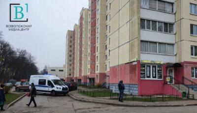 Tragedie în Rusia. O moldoveancă, ucisă cu toporul de către soț pentru că l-a părăsit. Trei copii au rămas fără mamă