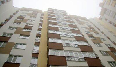 Blocurile noi construite în Chișinău ar putea fi obligate să se conecteze la sistemul centralizat de termoficare