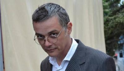 """Actorul Vlad Ciobanu va fi condus mâine pe ultimul drum. Sicriul cu corpul neînsuflețit al actorului va fi depus în holul teatrului """"Luceafărul"""""""