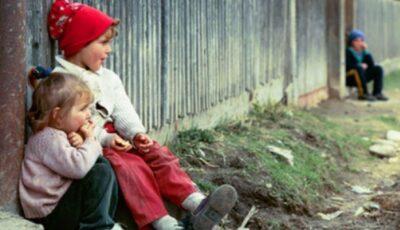 Pandemia le-a făcut viaţa mai grea. Zeci de familii cu mulți copii afectate de sărăcie