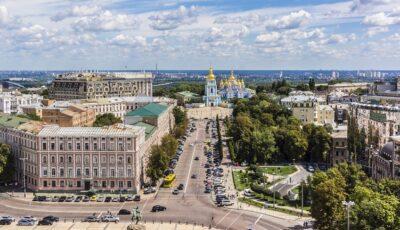 Ucraina interzice circulaţia în weekend pentru a limita răspândirea Covid-19