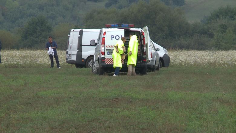 Foto: Cadavrul unui nou-născut, descoperit într-un lan agricol din raionul Drochia