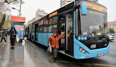 Expert: În România, transportul în comun este principala sursă de transmitere a virusului în momentul de faţă