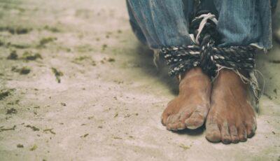Șoldănești: Un tânăr a fost sclav timp de 8 ani pentru un consătean. Era încuiat într-un șopron și eliberat doar pentru a lucra