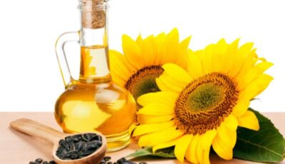 Uleiul de floarea-soarelui s-a scumpit, în urma secetei din acest an