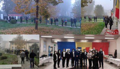 Moldovenii din Veneția își exercită dreptul la vot! Foto