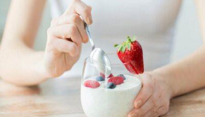 Consumul de iaurt reduce riscul de cancer la sân