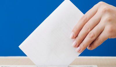 Pe 16 noiembrie, elevii școlilor unde vor fi amenjate secții de votare, vor rămâne acasă