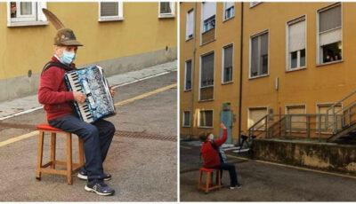 Moment emoționant! Un bătrânel i-a cântat serenade soției sale internată cu Covid-19