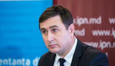 Expert: Tot mai mulți oameni de succes și cu venituri decente părăsesc Moldova