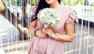 Și-a creat o amintire specială din perioada sarcinii! Interpreta Carolina Gorun a lansat cel mai nou videoclip cu burtica superbă la vedere