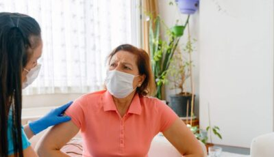 Cele 3 mari surse de infectare cu Covid-19. Concluzia făcută de un medic, după ce a discutat cu pacienții