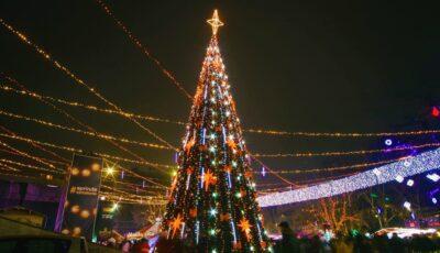 Revelionul, sărbătorit online! Ce program au pregătit autoritățile