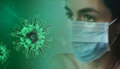 Studiu: Măștile blochează 99,9% din picăturile mari respiratorii legate de Covid