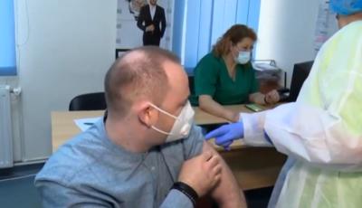 Mărturia primului medic din Iași vaccinat împotriva Covid