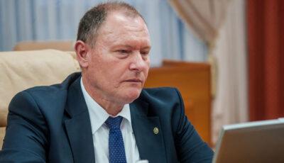 Prim-ministrul interimar s-a tratat la domiciliu pentru Covid-19 și spune că a avut un șoc când am văzut suma