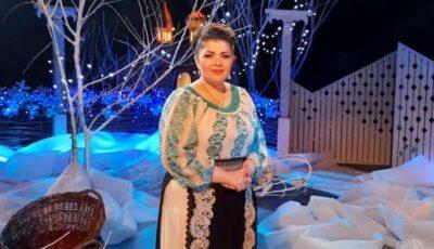 Imagini adorabile! Interpreta Anișoara Dabija și fiica ei, Nicoleta, în rol de Crăciuniță