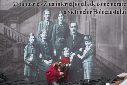 Foto: La Chișinău sunt comemorate victimele Holocaustului