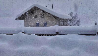 Zăpadă de un metru, în unele zone ale țării!