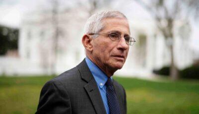 Doctorul Anthony Fauci îi avertizează pe americani privind noua tulpină Covid