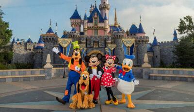 Un parc Disneyland din SUA va deveni centru de vaccinare anti-Covid