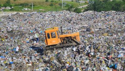 """Întreprinderea Municipală """"Regia Autosalubritate"""" va selecta sticla și plasticul din deșeurile solide colectate"""