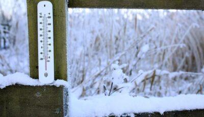 Ger de crapă pietrele. Cât se va menține frigul în Moldova?