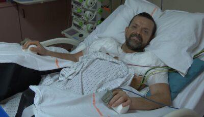 Un bărbat din Islanda a primit primul transplant dublu de brațe din lume
