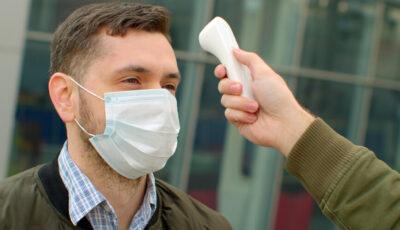 Care sunt simptomele infectării cu noua tulpină britanică a Coronavirusului. Constatările medicilor