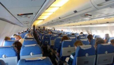 O femeie care avea Covid a leșinat în timpul cursei București-Madrid. Avionul cu 182 de pasageri a aterizat de urgență la Timișoara
