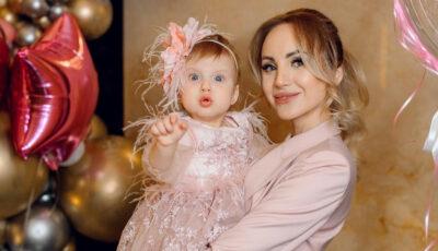 Fiica Kătălinei Rusu a împlinit 1 anișor! Cum arată tortul de sărbătoare