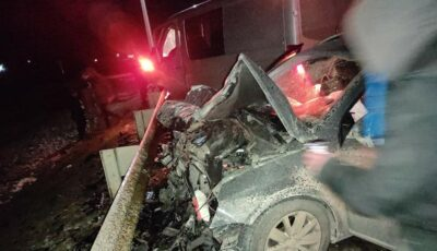 Accident grav la Negureni: un tânăr mort și patru răniți